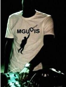 DJ Mgudis - Sgubhu Samampela